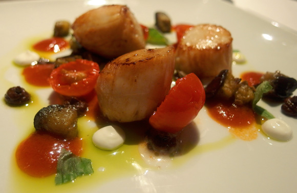 Seared Scallops with cherry tomatoes, tapenade, aubergine and tomato vinaigrette