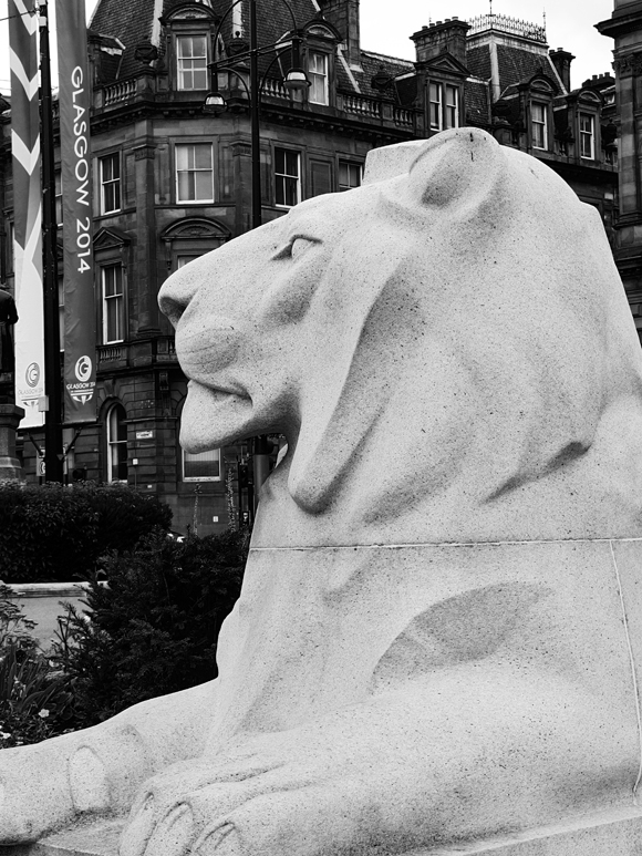 Toast of the Town Photography Workshop- George Square Lion