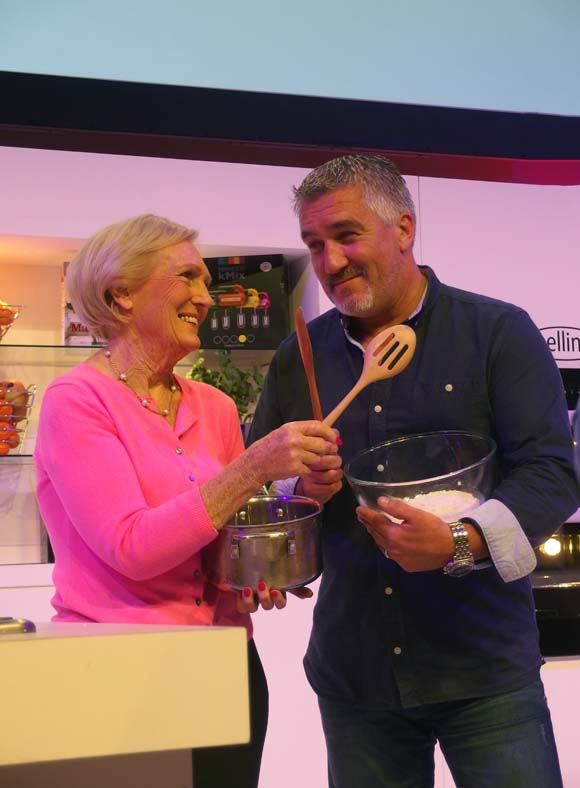 BBC-Good-Food-Show-Mary-Berry-and-Paul-Hollywood-in-the-Supertheatre-2