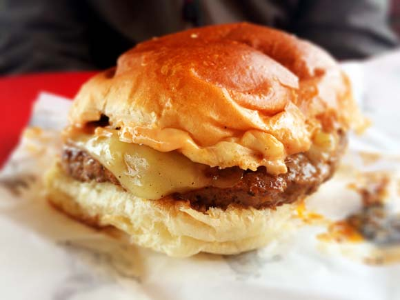 Eats From The Street- Glasgow Fort- The Fat Hippos Little Hippo Burger