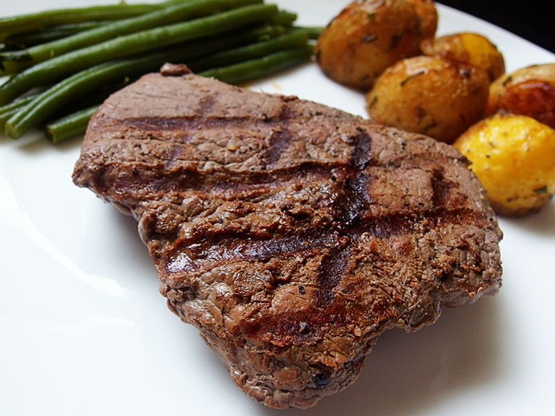 Donald Russell- Pave Rump Steak with Rosemary Roast Potatoes and Green Beans